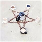 M O N D A Y !!  . . #uncafeetaulit #ahbennob #heymamagang #coffee #cafe #coffeelovers #monday #lundi #motivation