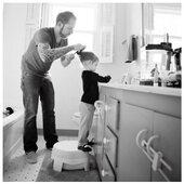 Daddyhood 🤍  . . #heymamagang #papa #nouvellescompetences #papaetfille #dadanddaughter #mercredi #wednesday #coiffure #viedepapa #daddyhood